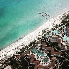 Excelente vista en #Cancun  #dreamscancun #costamujeres #aerealview #rentadedrones #dronfilmstudio #beach #paraiso #dji #djimavicpro