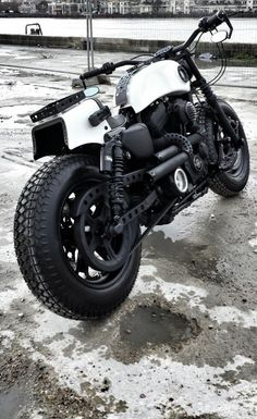 Coolest bike I've seen in a while.