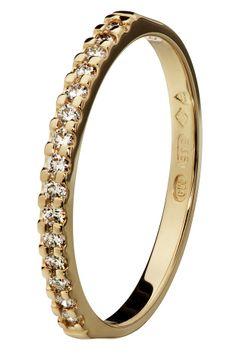 Oy Tillander Ab Red Label, diamond ring www.tillander.fi/ #tillander #diamond #ring #gold #wedding #engagement 1, Diamond, Bracelets, Jewelry, Fashion, Moda, Jewlery, Jewerly, Fashion Styles