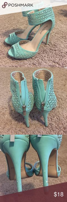 """Anne Michele Perton Shoes, Size 8 Beautiful mint green Anne Michelle shoes. There is a minor bit of scuffing on the back heel. I received a lot of compliments on these! 4"""" heel. I just don't wear them that often anymore. Price is adjusted according to condition. Anne Michelle Shoes Heels"""