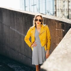 Love how @allison_wagner styled our Paz dress for this rooftop shoot in #Seattle…