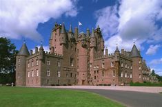 Glamis Castle, Scotland - this supposedly has secret rooms..... sigh... I want to see!