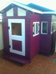 I decide to make this playhouse from the scrap wood, pallets, I found all the wood around my area. Inside walls are cabinet sides and the roof as well.