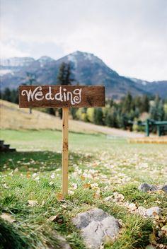 wedding sign - add arrow?
