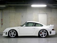 White is just not my favorite color, but.....pretty fantastic! 993 Ruf #porsche