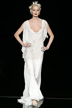 Valentino Spring 2005 Couture Fashion Show - _Johannesburg, Be Mine_