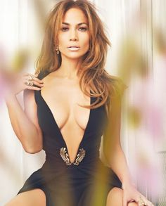 JLo is Jennifer Lopez! Jennifer Lopez, Jennifer Aniston, Robes Glamour, Look 2015, Non Blondes, Sexy Women, Celebs, Celebrities, Britney Spears