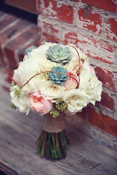 rustic chic bouquet   Lukas & Suzy VanDyke   Glamour & Grace