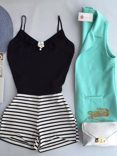 Mint jacket black top black and white bottoms Look Fashion, Girl Fashion, Fashion Outfits, Look Star, Look Con Short, Casual Outfits, Cute Outfits, Look Girl, Feminine Style