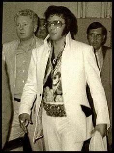 elvis and his dad 1970s