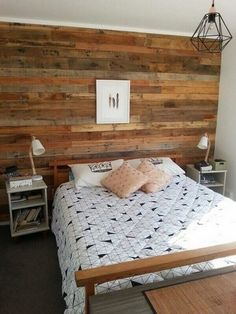 29 Easy Pallet Style Bedroom Furniture Plans You Can Do To Update Your Bedroom Pallet Bedroom Furniture Design No. Pallet Furniture Plans, Pallet Furniture Designs, Bedroom Furniture Design, Furniture Projects, Rustic Furniture, Diy Furniture, Bedroom Decor, Luxury Furniture, Wooden Pallet Wall