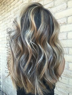 Are you looking for best hair colors to apply for long hair? Just see here, we have made a collection of fantastic long balayage colored hairstyles Hair Skin Nails, Hair Color And Cut, Balayage Hair, Balayage Highlights, Brunette Hair, Great Hair, Hair Dos, Gorgeous Hair, Pretty Hairstyles