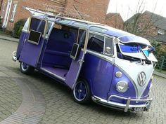 A purple VW Camper Van. Bus Camper, Mini Camper, Kombi Trailer, Kombi Motorhome, My Dream Car, Dream Cars, Transporteur Volkswagen, Volkswagen Vehicles, Volkswagon Van