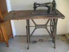bicycle pedal industrial Singer - not the typical treadle set-up