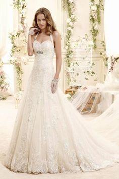 Hochzeitskleid von Nicole Spose