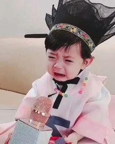 Cute Baby Boy, Cute Little Baby, Little Babies, Little Boys, Cute Kids, Baby Kids, Cute Asian Babies, Korean Babies, Cute Babies