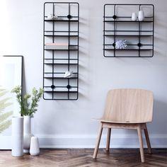 Woud Coupé neliönmuotoinen hylly, musta | Kirjahyllyt | Huonekalut | Finnish Design Shop