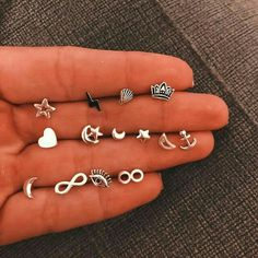 Ear Jewelry, Cute Jewelry, Jewelery, Jewelry Accessories, Pretty Ear Piercings, Ear Peircings, Tongue Piercings, Cartilage Piercings, Rook Piercing