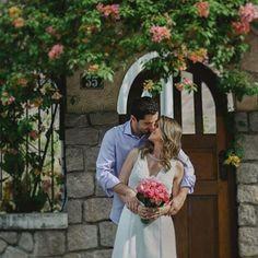 """64 curtidas, 2 comentários - Branco no altar (@branconoaltar) no Instagram: """"PRÉ-WEDDING - Os ensaios antes ou depois do casamento estão super em alta e é uma ótima pedida para…"""""""