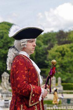 Journée grand siècle - Vaux-le-Vicomte 2011 (9824) Pique-nique grand siècle en costumes 18ème dans les jardins de Vaux-le-Vicomte le dimanche 22 mai 2011.