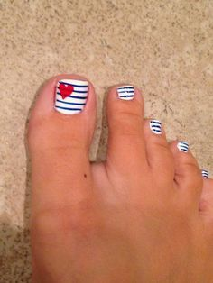 Little Heart   Fourth of July Toe Nail Designs for Summer that will make you feel so patriotic!