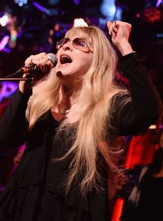 """""""Don't Stop"""" by Fleetwood Mac was Bill Clinton's campaign theme song. Now, Stevie Nicks wants to sing """"Landslide"""" for Hillary Clinton."""