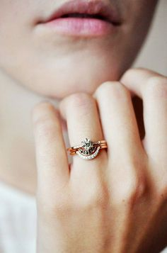 Pinterest is great for lots of things — home renovations, recipes, beauty DIYs, and more. But we like it best for browsing through endless pics of engagement rings.   Whether you just like to ogle sparkly things (raises hand!), are thinking of proposing, or are looking to send a little...