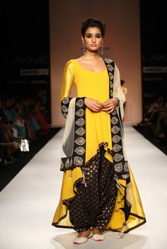 Yellow Salwar Suit...!!!!