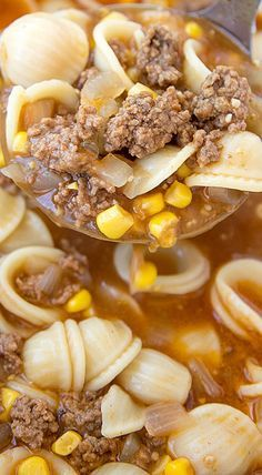 Easy Hamburger Soup with Macaroni is a hearty soup recipe that takes just fifteen minutes from start to finish.This delicious soup is loaded with ground beef, diced tomatoes, mixed vegetables and macaroni noodles. Easy Soup Recipes, Mexican Food Recipes, Crockpot Recipes, Cooking Recipes, Barbecue Recipes, Cooking Tips, Easy Hamburger Soup, Hamburger Recipes, Pioneer Woman Hamburger Soup