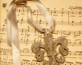 Silver Glittered French Fleur De Lis  Gift Embellishment/Ornament