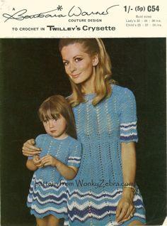 Vintage Padrão Crochê da filha e da mãe. / Vintage Crochet Pattern daughter and mother.