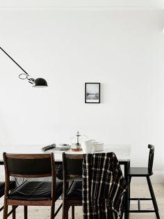 my scandinavian home: A fabulous swedish apartment - dining room Decoration Inspiration, Dining Room Inspiration, Interior Inspiration, Daily Inspiration, Scandinavian Apartment, Scandinavian Interior, Scandinavian Style, Pretty Things, Interior Decorating