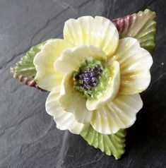 vintage yellow anemone flower English bone china brooch 1950s -C300