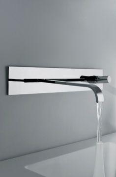 Arco series steel valve | bathroom . Bad . salle de bain | Design: Sergio Mori for Bonomi |