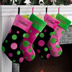Splendid Christmas Stockings Ideas For Everyone_04