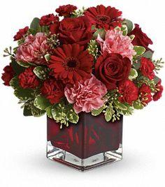beautiful arrangement for valentines