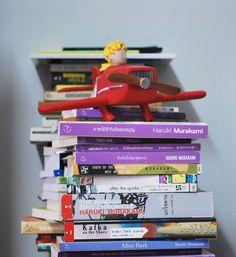 reading is happy