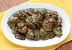 Ficatei la gratar - Bucataria Romaneasca Foie Gras, Dessert Recipes, Desserts, Beef, Ethnic Recipes, Food, Tailgate Desserts, Meat, Deserts