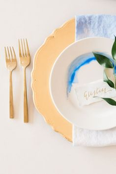 Blue and Gold Place Setting with Dip Dye Napkins | Heather Mills Photography | http://heyweddinglady.com/elegant-watercolor-wedding-shoot-bold-cobalt-blue/