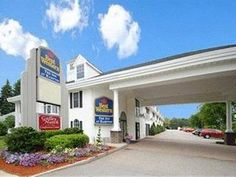 Hampton (NH) Best Western The Inn At Hampton Hotel United States, North America Stop at Best Western The Inn At Hampton Hotel to discover the wonders of Hampton (NH). The hotel offers guests a range of services and amenities designed to provide comfort and convenience. Service-minded staff will welcome and guide you at the Best Western The Inn At Hampton Hotel. Each guestroom is elegantly furnished and equipped with handy amenities. Take a break from a long day and make use of...
