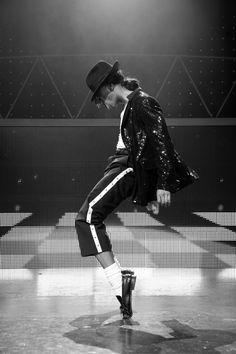 Best Film Posters : Michael Jackson The Legend Michael Jackson Poster, Michael Jackson Wallpaper, Michael Jackson Bad, Janet Jackson, Michael Jackson Kunst, Michael Jackson Thriller, Jackson's Art, The Jacksons, Foto Art