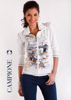 Die Damen #Mode von LISA CAMPIONE präsentiert modische, hochwertige #Jacken mit Stil und perfekten Passformen.