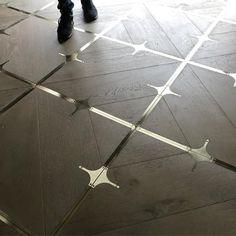 Foyer Flooring, Best Flooring, Timber Flooring, Cl Design, House Design, Office Interior Design, Interior Decorating, Wood Floor Design, Modern Industrial Furniture