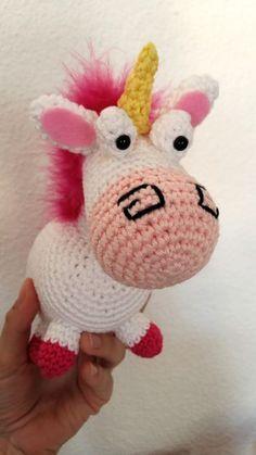 Fée du tricot: La licorne de la petite Agnès au crochet *tuto inside* Crochet Diy, Crochet Amigurumi, Love Crochet, Crochet Hats, Crochet Ideas, Knitting Projects, Crochet Projects, Yarn Crafts, Diy And Crafts