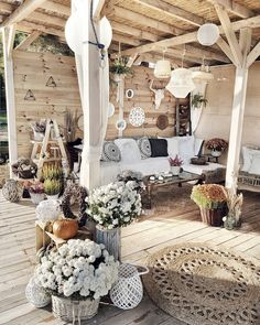 Backyard goals patio decor bohemian interior taras terrace ourdoor boho mrs - My list of the most creative garden decorations Bohemian House, Bohemian Interior, Bohemian Decor, Bohemian Style, Interior Bohemio, Home Improvement Loans, Online Furniture Stores, Furniture Shopping, Furniture Sets