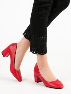 Klasické červené lodičky Pumps, Heels, Fashion, Heel, Moda, Fashion Styles, Pumps Heels, Pump Shoes, High Heel