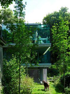 The Graveyard House by Eldridge-Smerin Architects