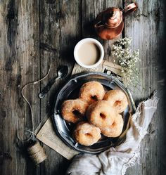 """1,512 Likes, 63 Comments - Stefania Gambella (@stefiinstax) on Instagram: """"Questi bellissimi fatti fritti o zeppole, sono stati fatti da Marinella, la madre del mio ragazzo,…"""""""