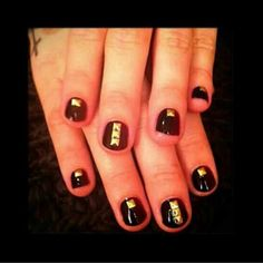 Demi Lovato's nails from last night