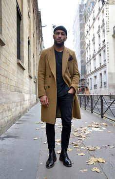 Long coat men's street style fashion, mens fashion:cat и sty Men Looks, Men Street, Street Wear, Style Costume Homme, Style Masculin, Herren Style, Moda Blog, Herren Winter, Camel Coat